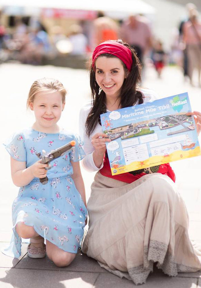 Belfast Maritime, Actress and child