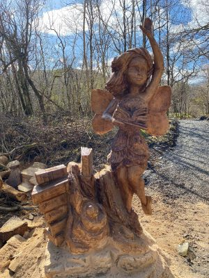 Loch Lomond Faerie Trail, Fairy Headmistress Carving